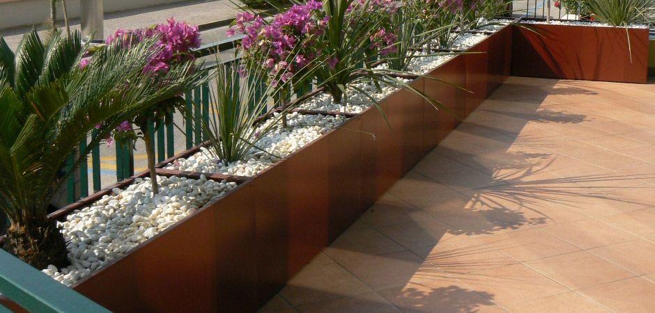 Balbo parquet fioriere acciaio metallo corten inox misura design ...